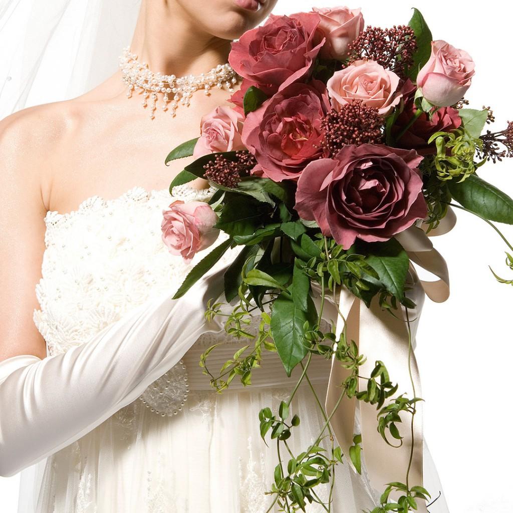 花のアトリエゆうゆ フラワーアレンジメント バラブラックティーとハロウィーンのブーケ