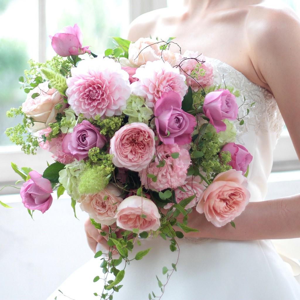 花のアトリエゆうゆ フラワーアレンジメント バラとダリアのブーケ